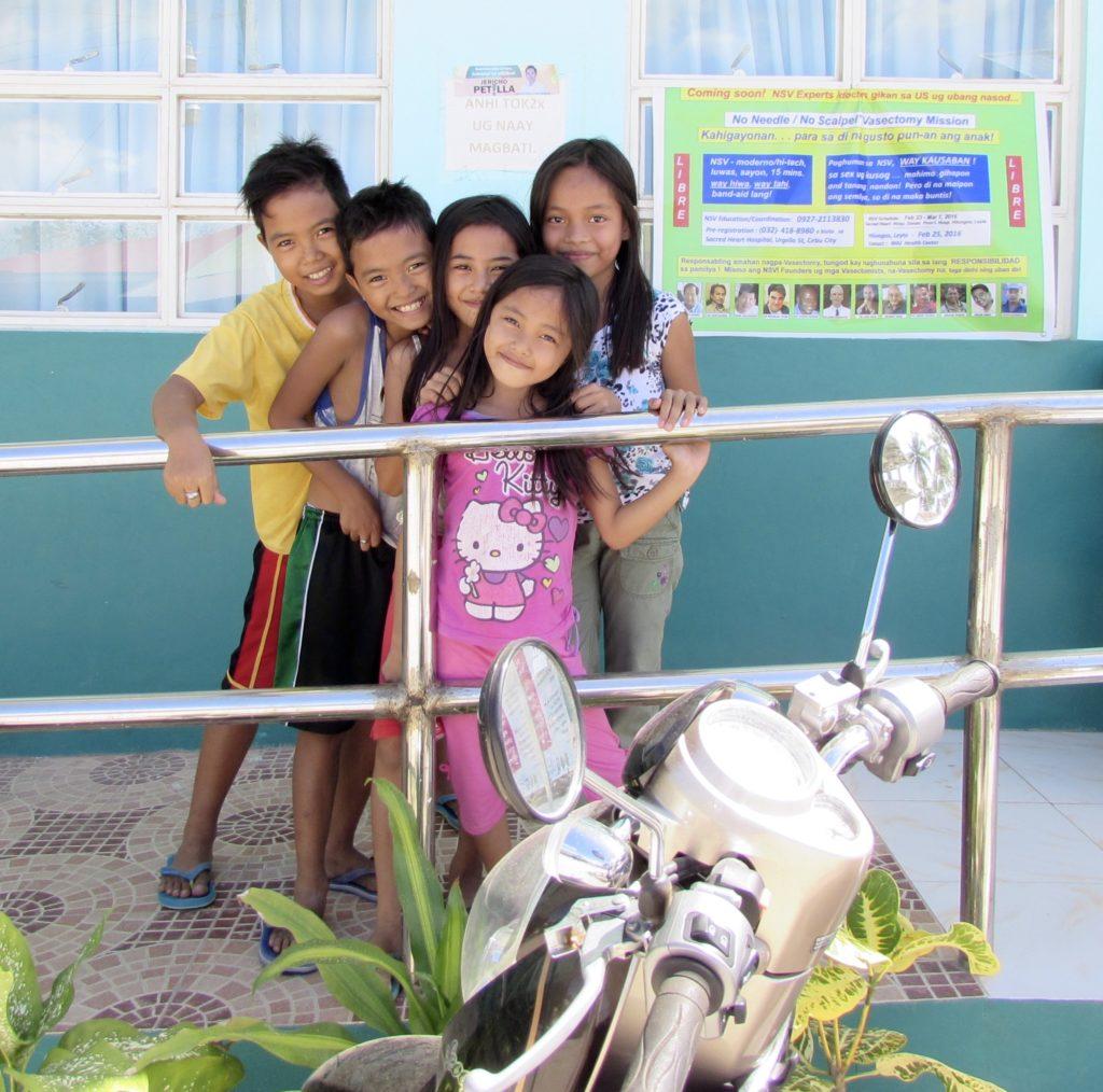 Filipino children by Rural Health Unit in Hilongos